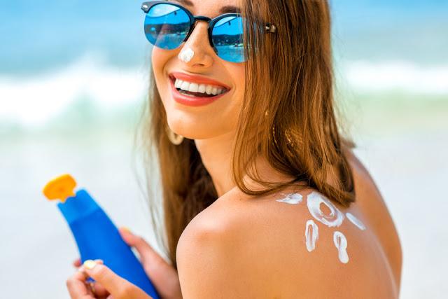 Soleil & Acné: choisir sa protection solaire